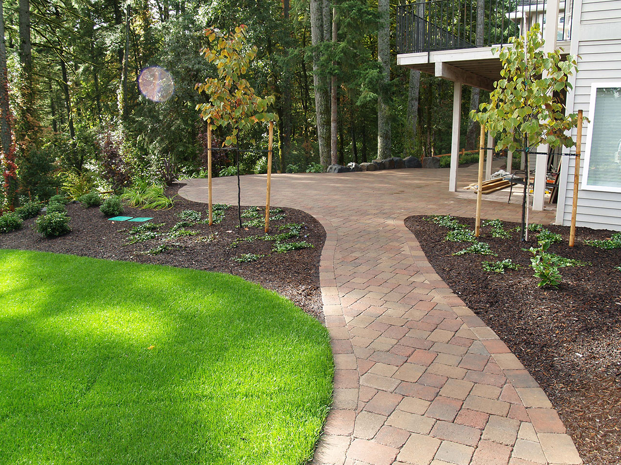 Gallery of residential landscape design ideas for Residential landscape design